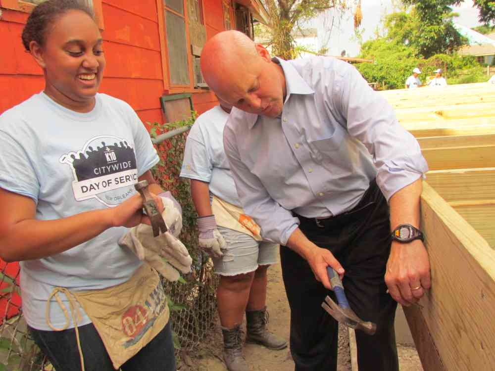 Citywide Day of Service Mayor Landrieu and Volunteer